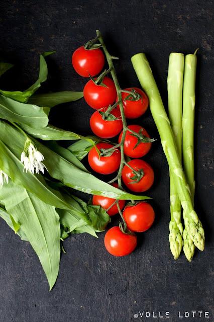 Eingelegter grüner Spargel mit Ziegenjoghurt-Dip, Spargel, Spargelzeit, kochen, lecker, Frühling