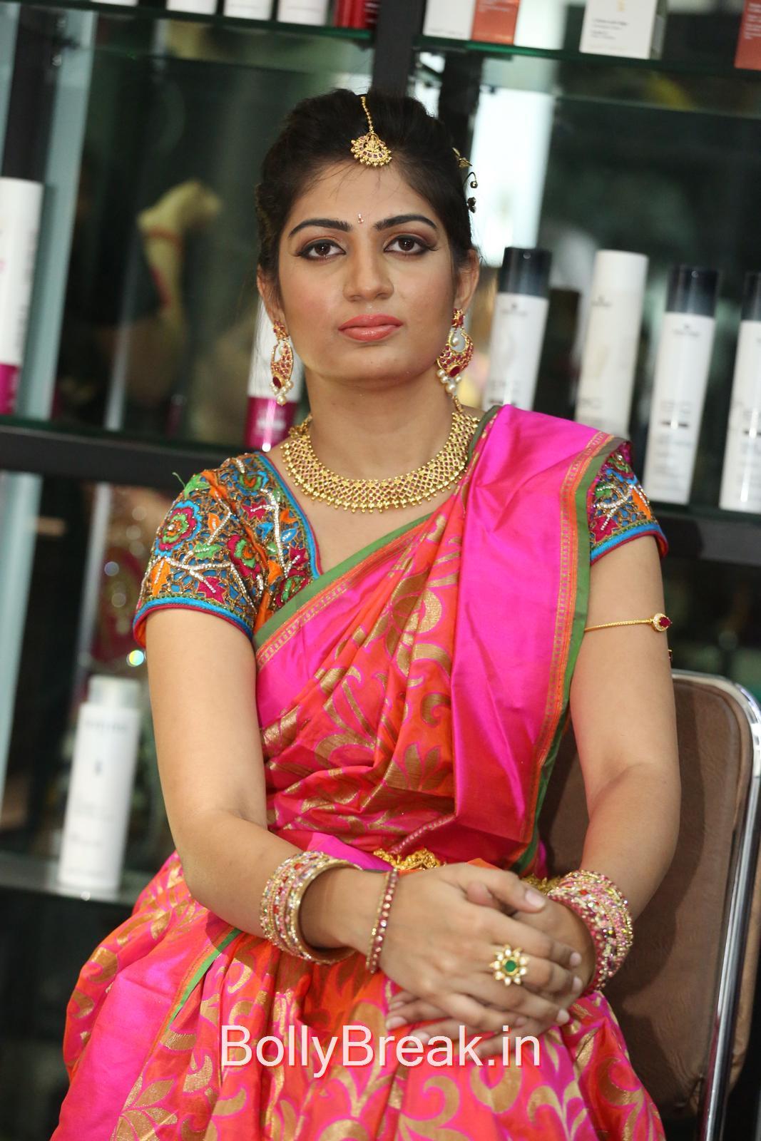 Akanksha Photo Gallery with no Watermarks, Akanksha Hot Pics from Bridal Dream Make up At Lakme Salon