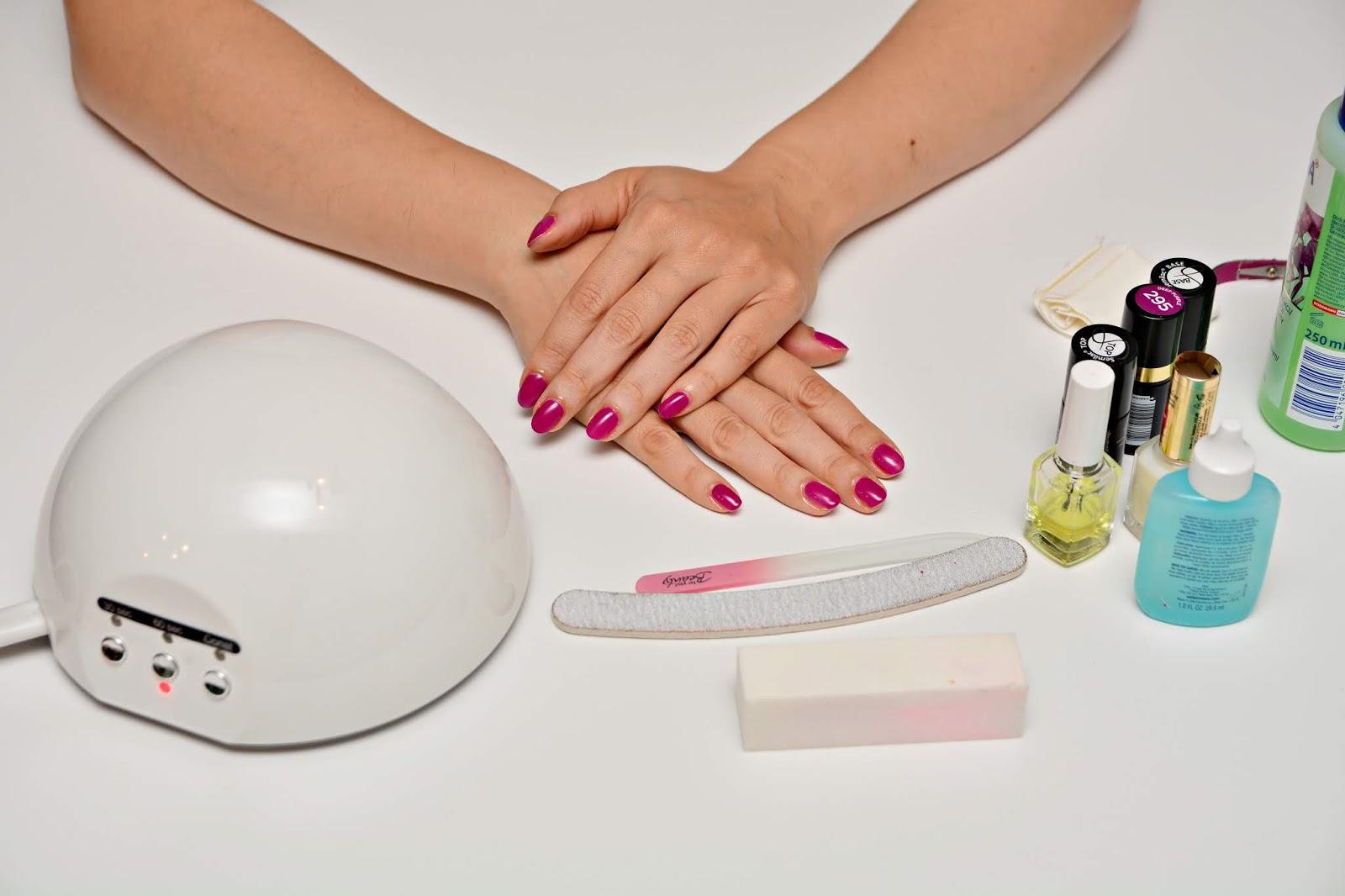 jak zrobić paznokcie hybrydowe w domu krok po kroku