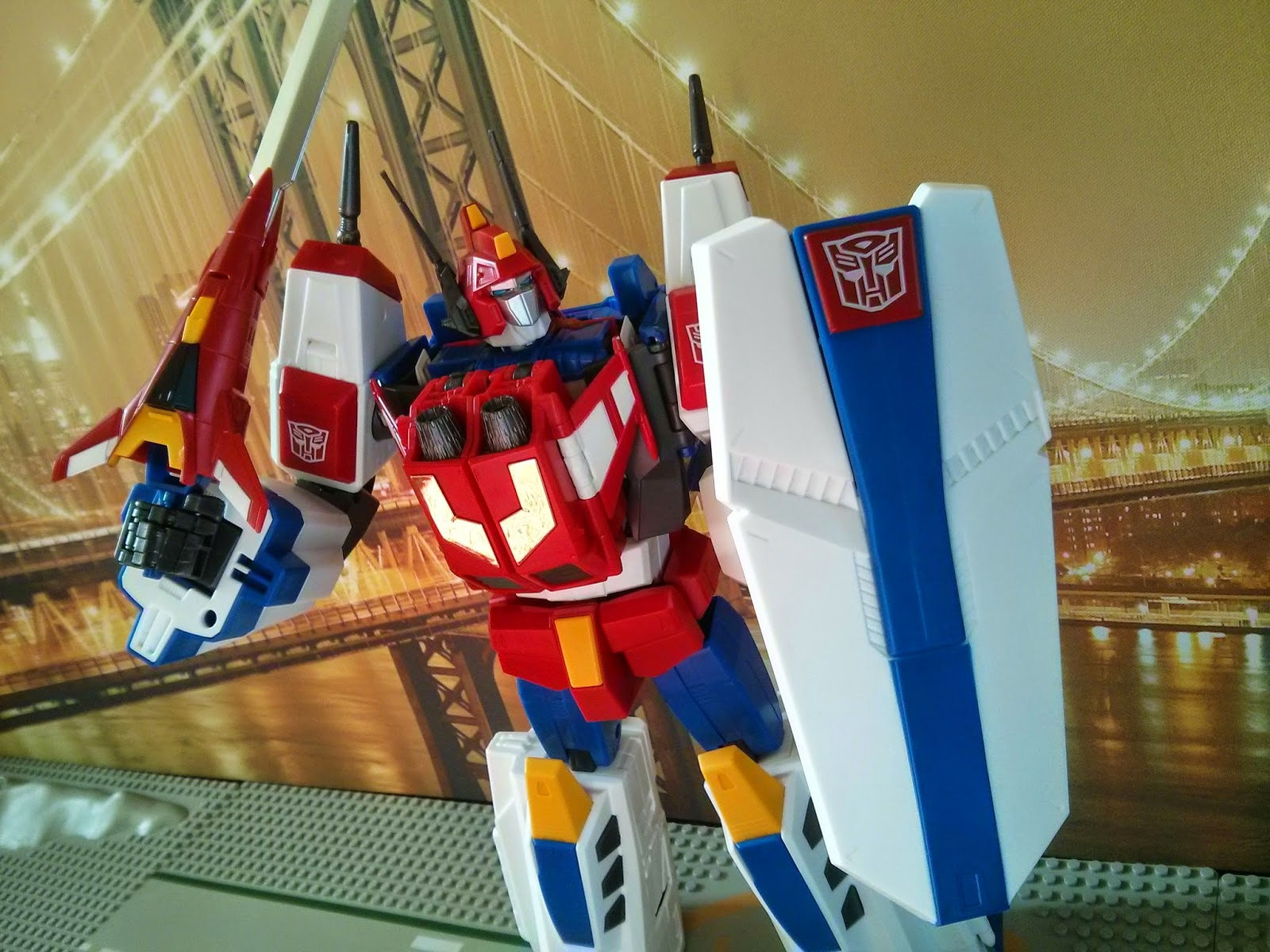 takara masterpiece star saber shield