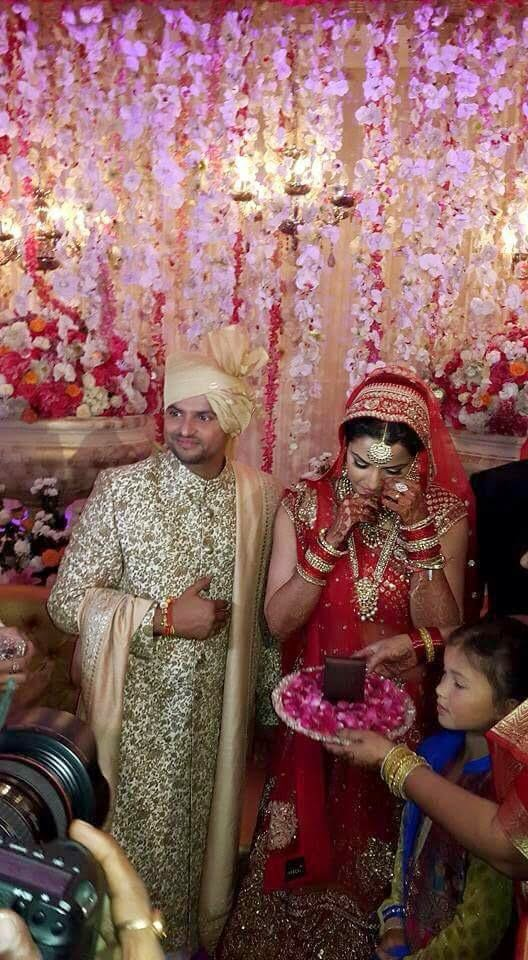 Very Sad Alone Girl Hd Wallpaper Who Is More Beautiful Suresh Raina Or His Wife 24 Wedding