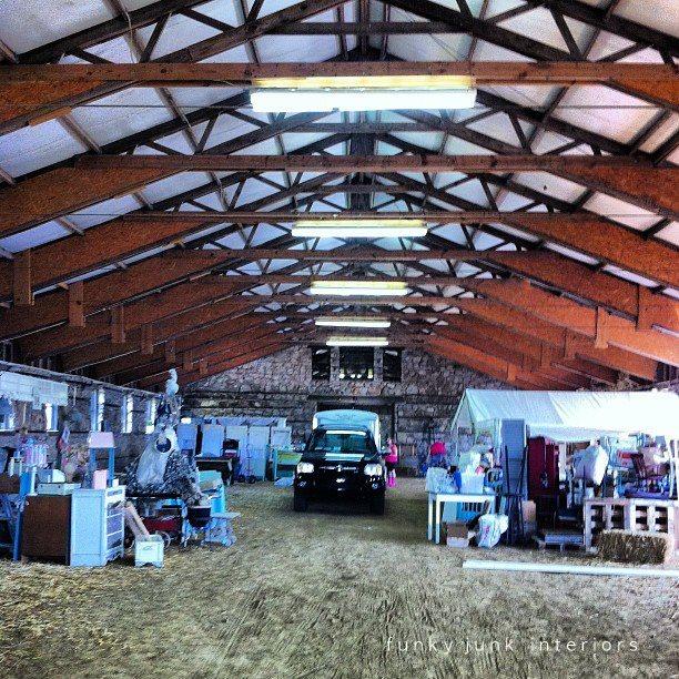 Bella Rustica vintage barn marketplace