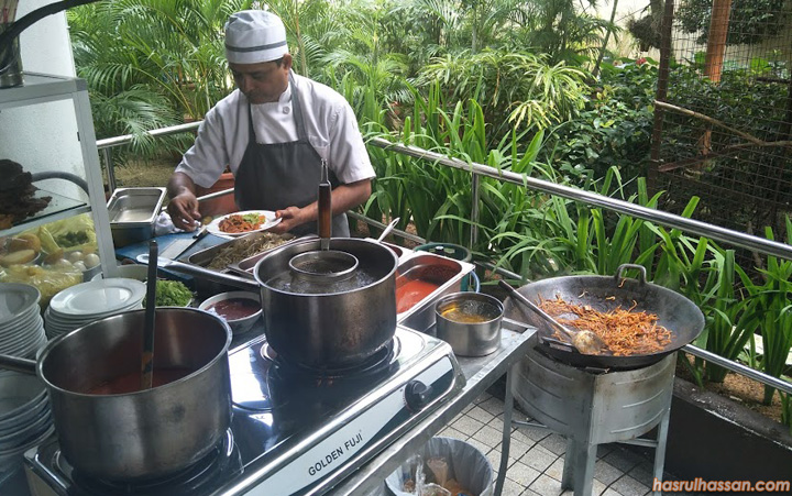 Buffet Lunch Flamingo Hotel by the Beach Penang