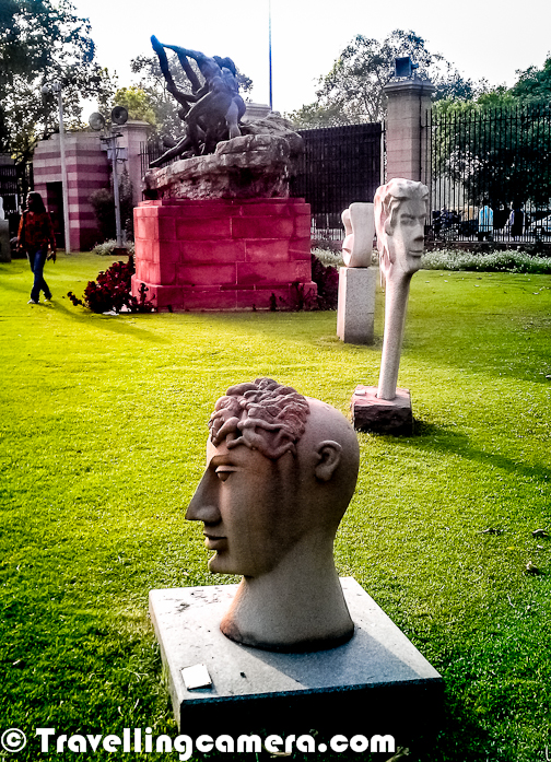 It's located at walking distance from India Gate. Whole campus has an artistic feel and inside National Gallery of Modern Arts, we don't feel like being in Delhi... There are many such places in Delhi but this is again a wonderful place ! Most of the gardens of National Gallery of Modern Arts have various sculptures created by famous Indian Artists. Above photograph shows some of the sculptures lying in main garden of the Gallery, which is near to main entry gate.
