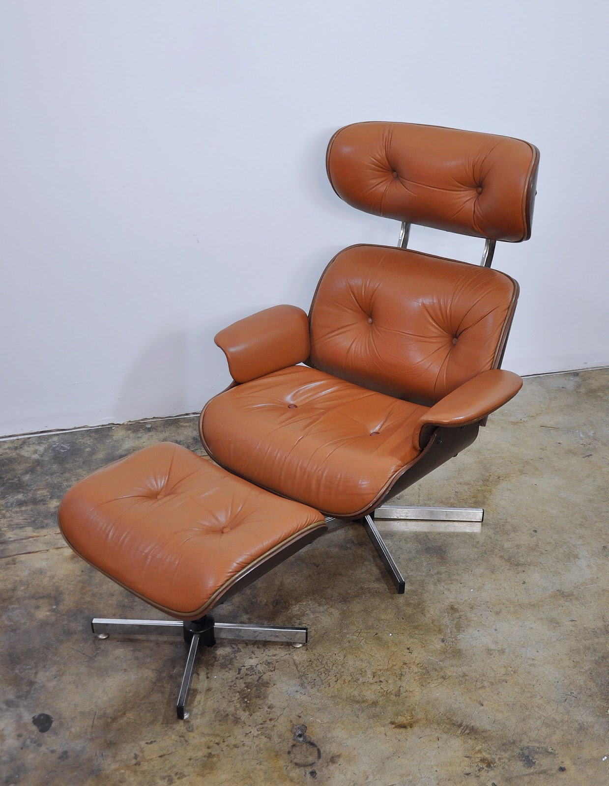 selig plycraft lounge chair parts swivel rocker patio chairs select modern eames leather and ottoman