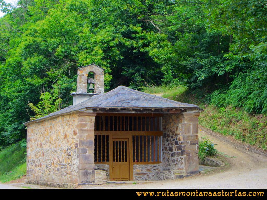 Ruta Cangas - Acebo: Capilla de San Antonio de Curriellos