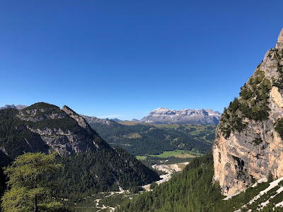 Hike 2 - View of the Sella Group from Col de Loćia.