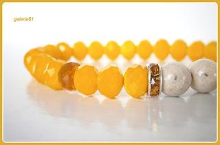 Bransoletka żółta_kryształ fasetowany Rondell 8x6mm, marmur biały 8mm, przekładki, zawieszka miś