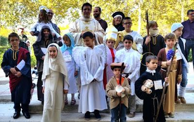 Kostum anak-anak saat Hellowen