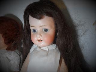 Antigua muñeca de bisquit en Torrelavega desembalaje  Cantabria