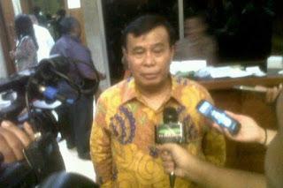 Wakil Ketua Umum Partai Hati Nurani Rakyat (Hanura) Nurdin Tampubolon di Kompleks Parlemen Senayan, Jakarta Pusat, hari Jumat (18/3).(Foto: Endang Saputra)