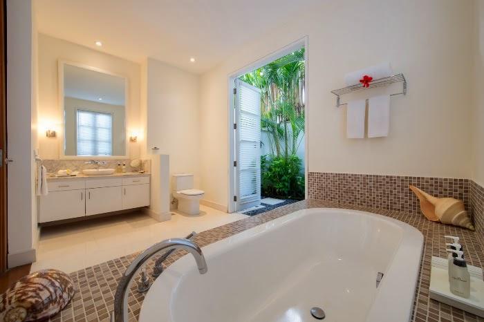 Simple Design Bathroom Child Idea