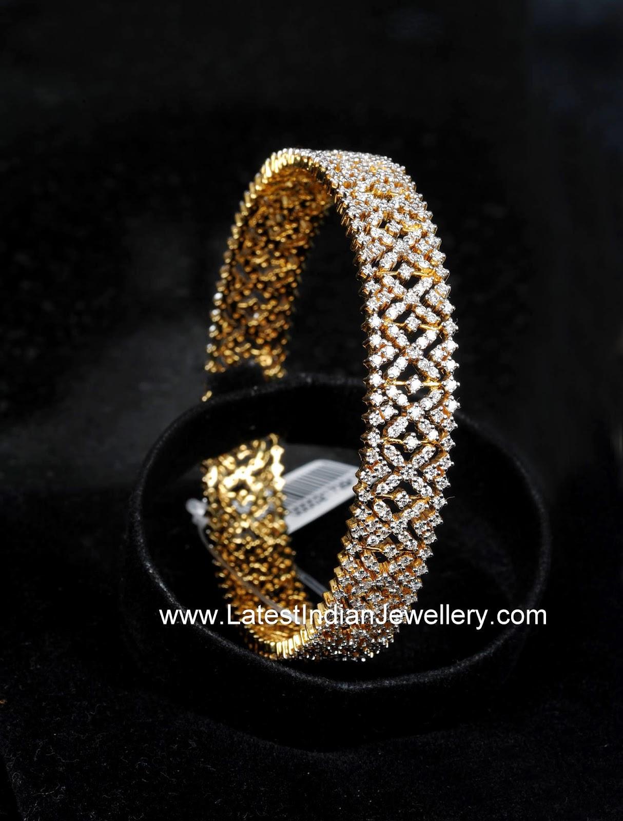 Fabulous Diamond Bangle Design