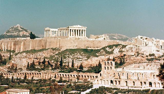 https://3.bp.blogspot.com/-kvqYLoOtcpQ/V_i1zJ-YhYI/AAAAAAAACC4/3oDqUkArB8godyV2sGCKJuCNdzYqQFq8ACLcB/s1600/The_Acropolis_Hill.jpg