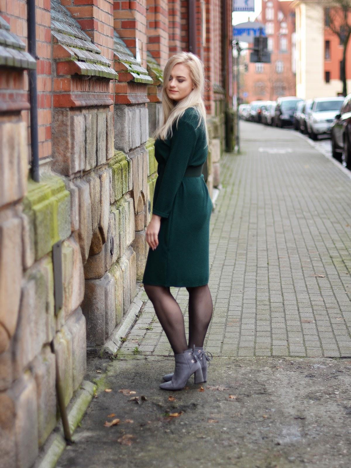 sukienka swetrowa stylizacja