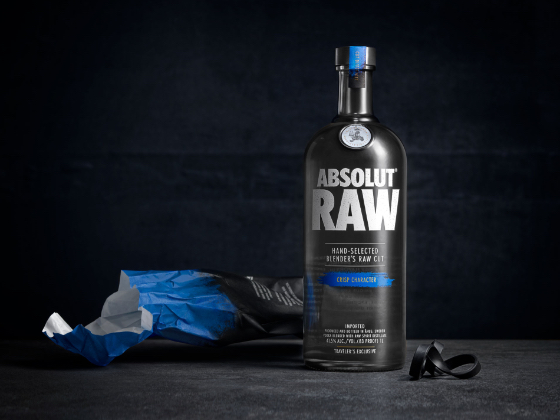 Absolut raw on packaging of the world creative package for Design agency pond