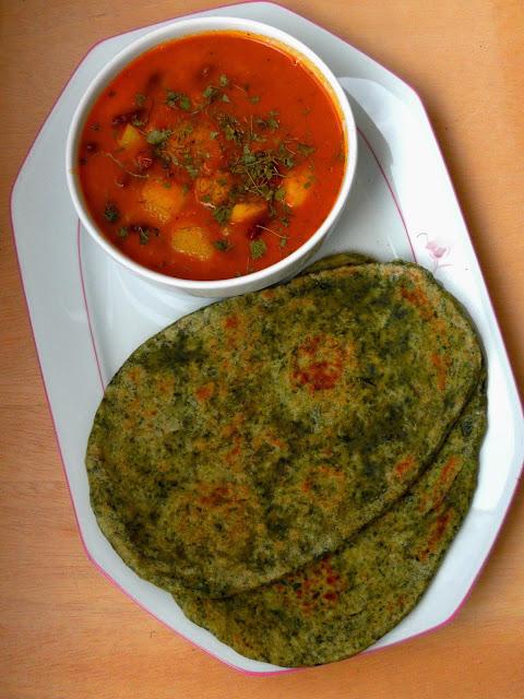 Palak Naan, Spinach Green Naan Bread