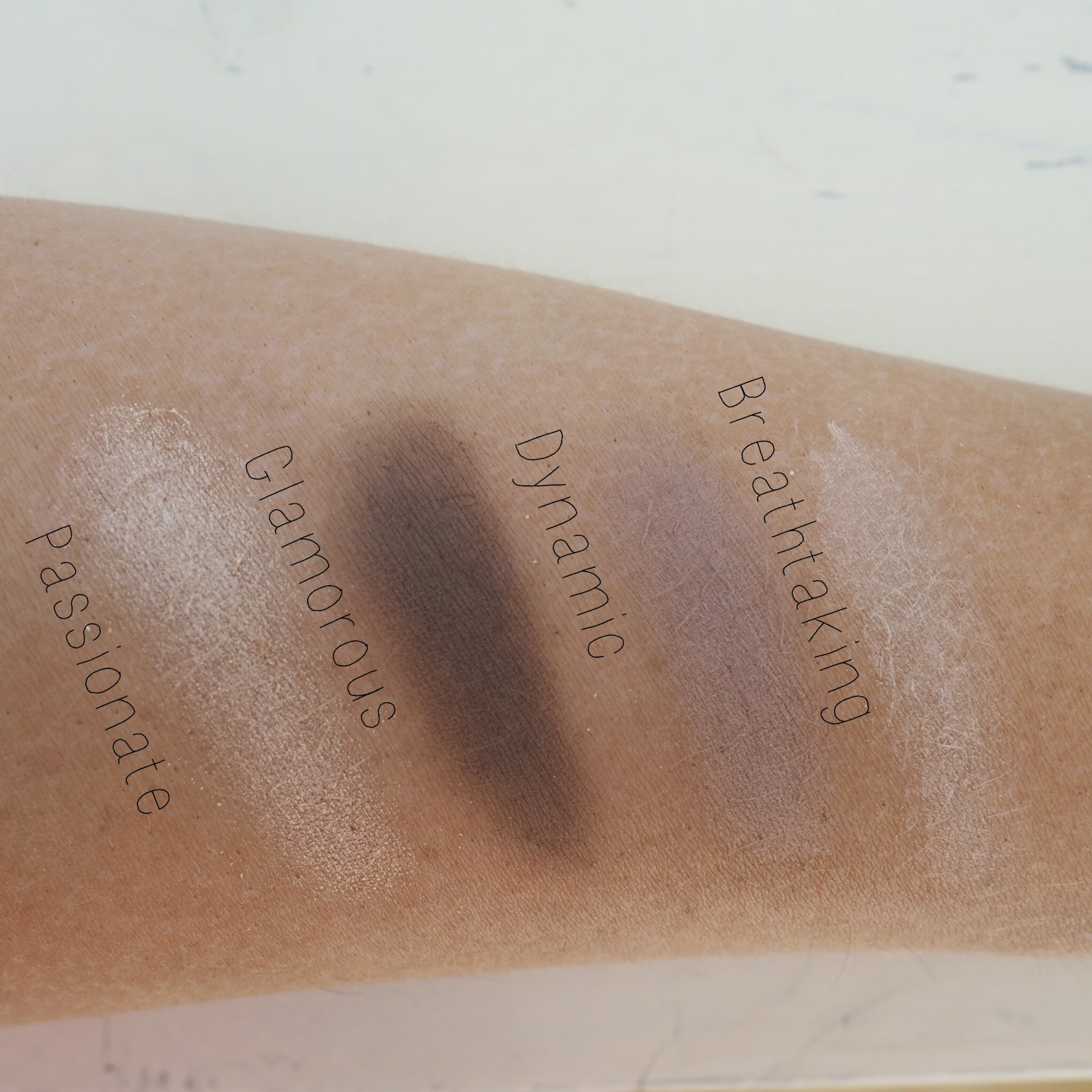 stila perfect me perfect hue swatch