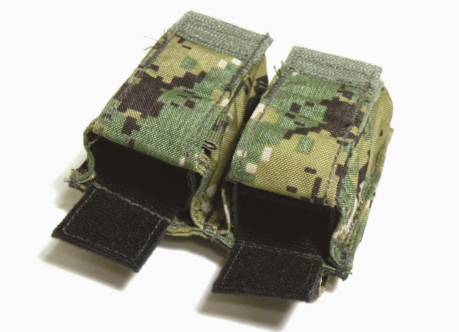 216569e735c9 Eagle Industries Double Pistol Mag Pouch, FB MOLLE (MP2-M9/FB1-MS) is made  of #1000 denier Cordura nylon with cloth lined plastic inserts for magazine  ...