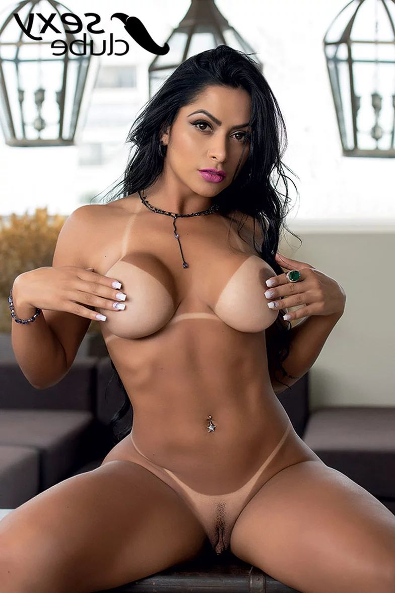 Nude miss bumbum Suzy Cortez