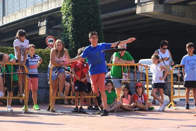 campeonato de lanzamiento de chapela de las fiestas de Retuerto