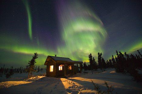 مشهد رائع من المحطة الفضائية الدولية للأرض aurora-borealis-phot