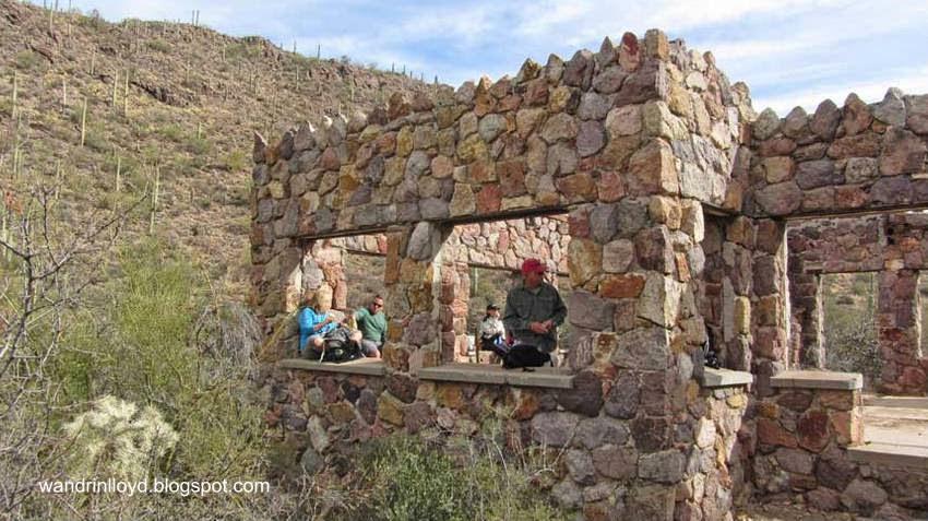 Restos de una casa de piedra en Tucson, Estados Unidos