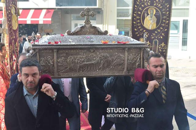 Αρχιερατική θεία Λειτουργία και περιφορά των Ιερών λειψάνων του Αγίου Πέτρου στο Άργος (βίντεο)