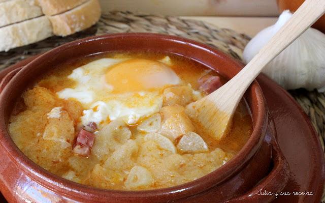 Sopa de ajo o sopa castellana. Julia y sus recetas