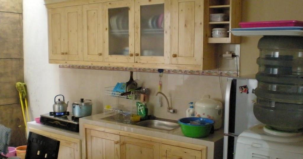 Desain kitchen set kayu jati belanda yang indah for Kitchen set yang baik