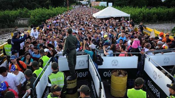 Migración de Colombia indica que hay 870.000 refugiados venezolanos