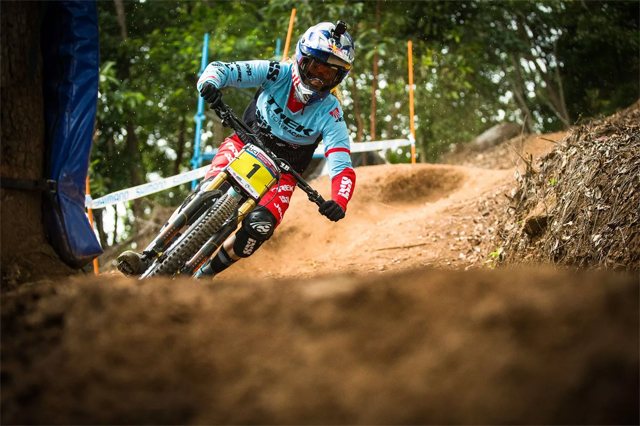 2016 Cairns UCI World Cup Downhill: Results - Rachel Atherton