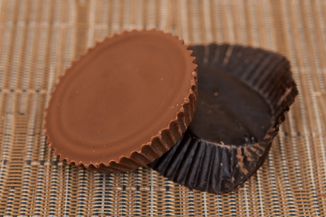 USA - American Junk Food - Peanut Butter Cups Reese's - Chocolate - Chocolat au lait - Milk Chocolate - Chocolat - Dessert - Peanut Butter - Heshey's - Peanut Butter - Cacahuète - American food - Avis Peanut Butter Cups Reese's - Review - Beurre de cacahuète - Snack - Candy