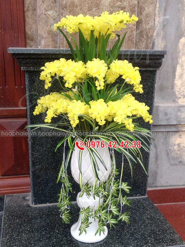 Hoa đá pha lê - Hoa lan vàng 3 tầng