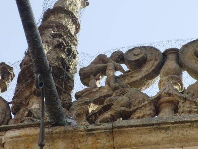 Hombre masturbandose fachada Salamanca