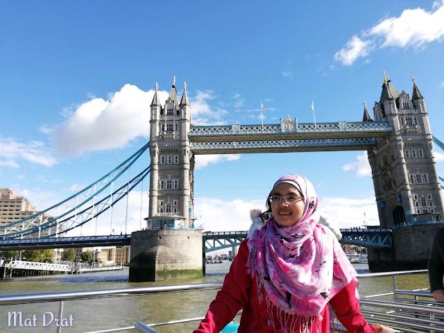 Percutian London - Tower Bridge dan Tower of London