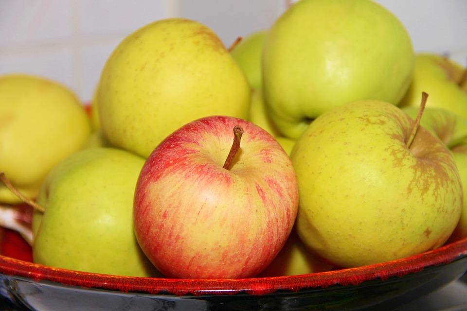 apples-for-cake.jpeg