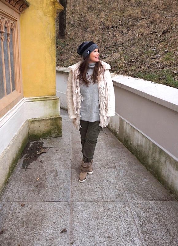 Outfit 3 Die Grüne Army Hose Mit Grau Und Weiß Kombiniert Fashion