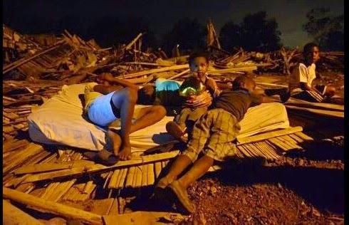 Desalojan a 50 familias en el Guasmo de Guayaquil