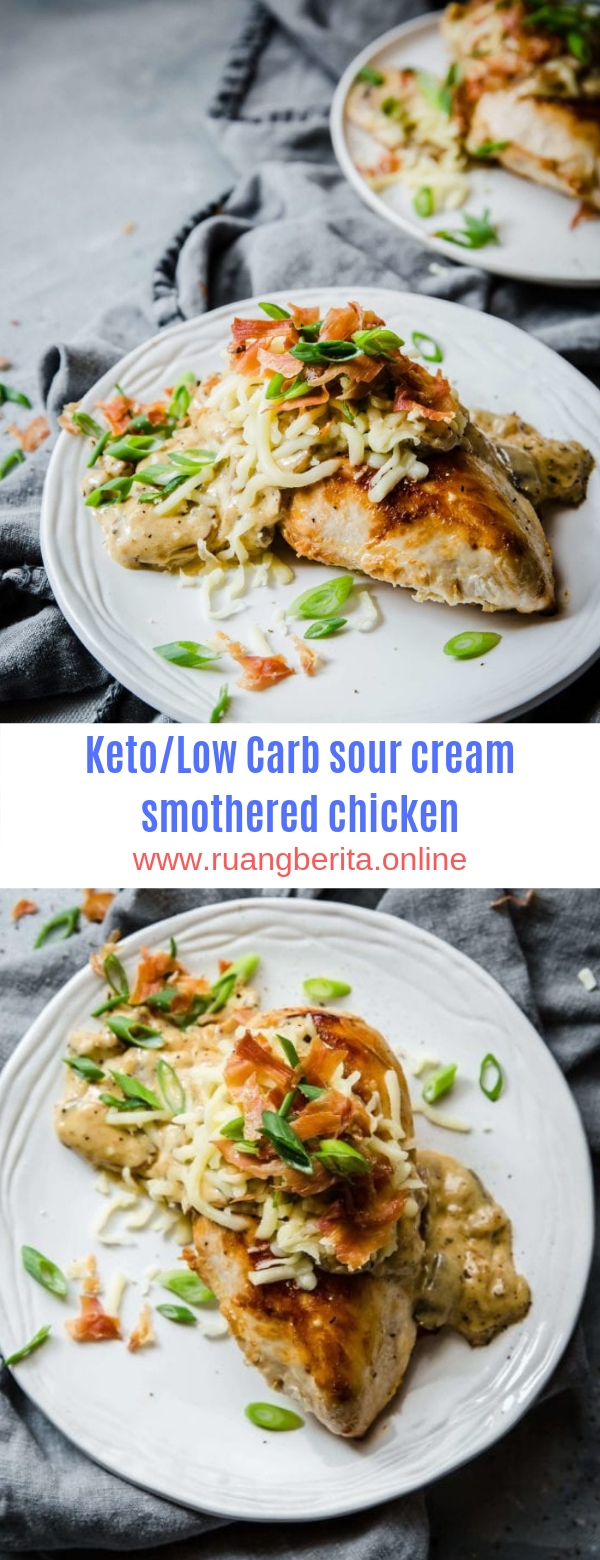 Keto/Low Carb sour cream smothered chicken