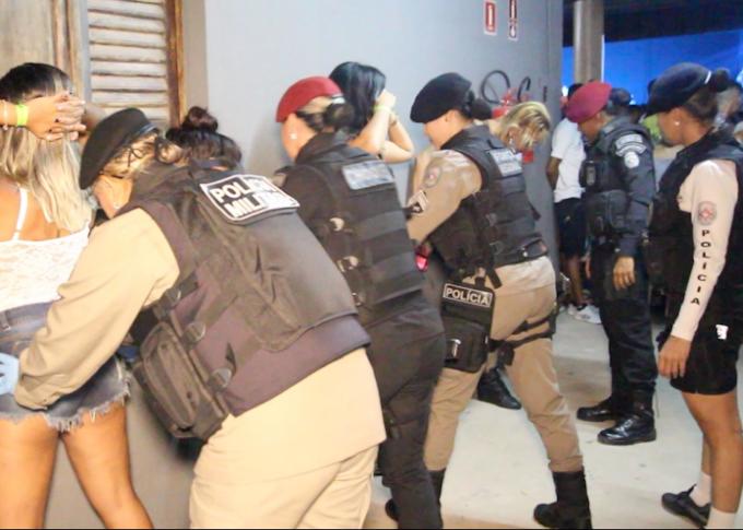 JOÃO PESSOA: PM prende mais de 20 em 'festa do tráfico' com 412 pessoas na Capital.