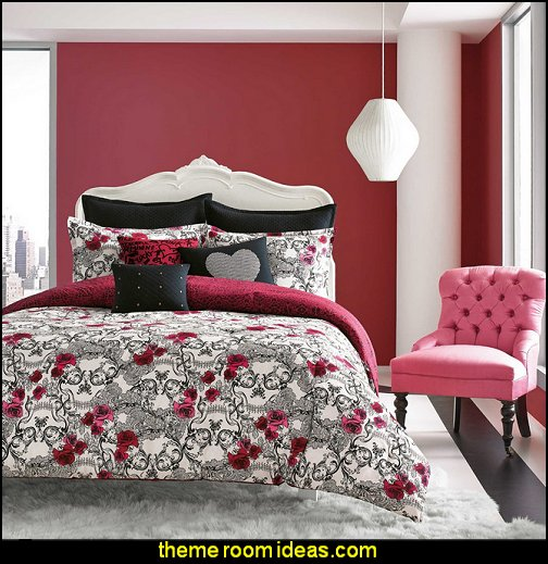 Bring a romantic yet edgy look to your bed with the Betsey Johnson Rock Out Reversible Comforter Set. The deceptively sweet bedding features pink and red roses scattered over a black and white scrollwork design that secretly forms grinning skulls.