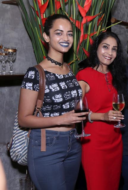 (L-R) Anjali, Sapna Parmar
