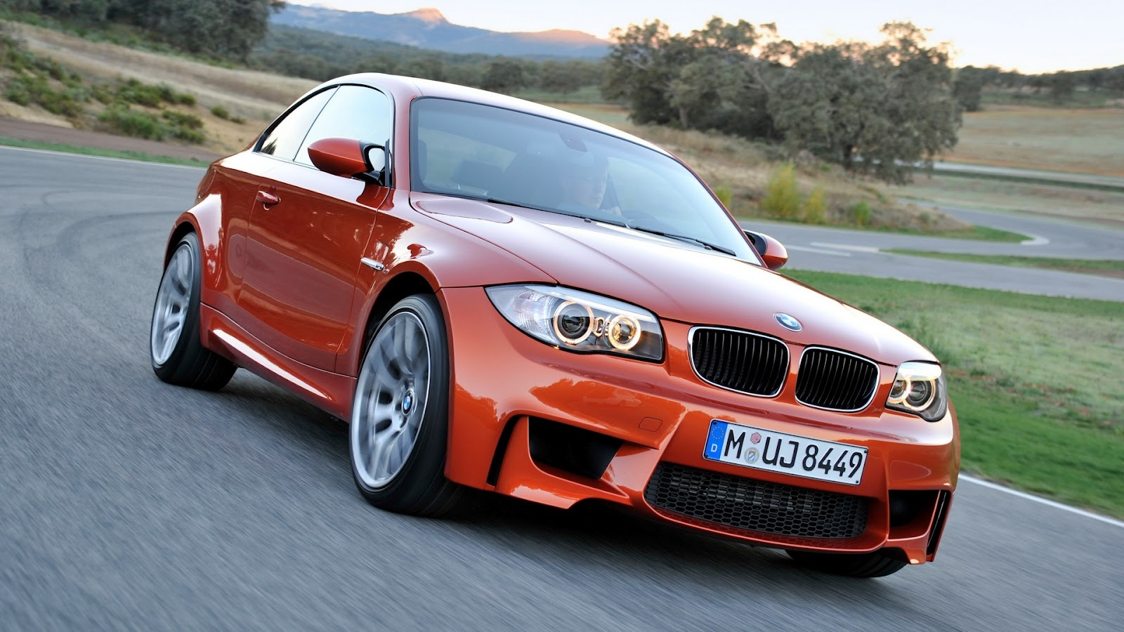 free cars hd bmw m1 hd wallpapers. Black Bedroom Furniture Sets. Home Design Ideas