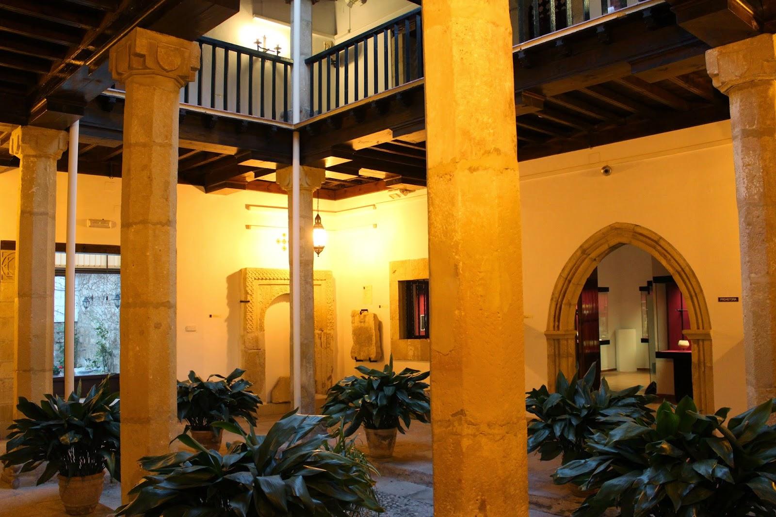 Patio mudéjar del Museo Arqueológico de Úbeda