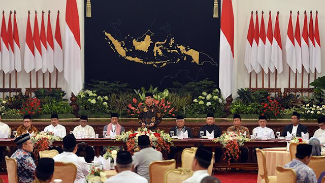 Cerita Fahri Hamzah Saat Berbuka Puasa Bareng Presiden Jokowi