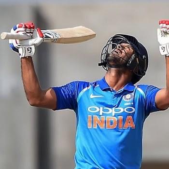 INDvAUS:  @mayankcricket टेस्ट डेब्यू  में  भारत के सबसे ज्यादा रन बनाने वाले खिलाड़ी बने