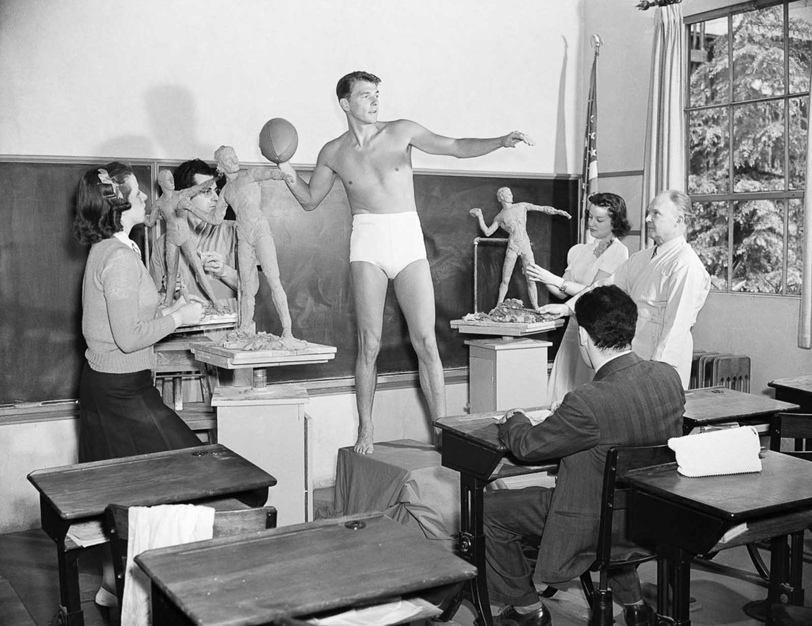 Ronald Reagan poses for a sculpture class at the University of Southern California. 1940.