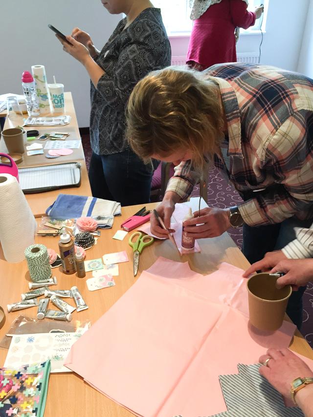 Crop in den Mai 2016 | Scrapbooking-Event | Verpackungsworkshop mit Julia Klein