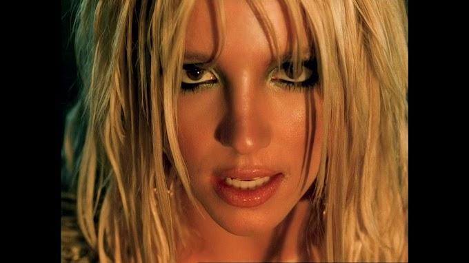 Britney Spears - I'm A Slave 4 U (Talk Vox Stem)